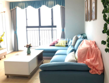 高铁片区 精装两房 视野开阔 采光极佳 稀缺小户型带家具