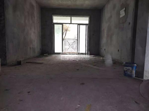 稀缺底楼三房带花园