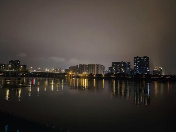 岷江实景图
