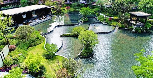 邦泰滨河湾园林实景图