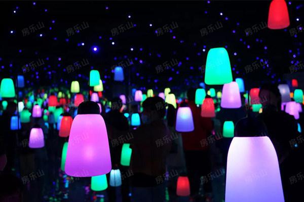 天樾国际城灯会实景图
