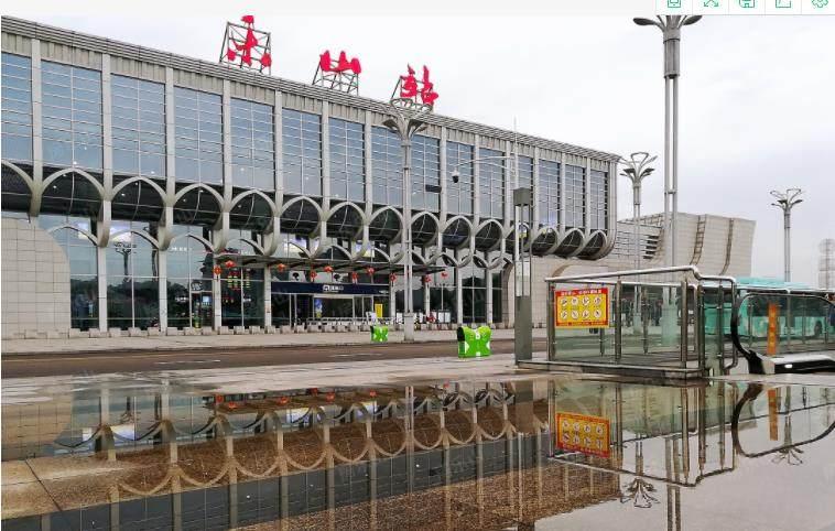 乐山高铁站