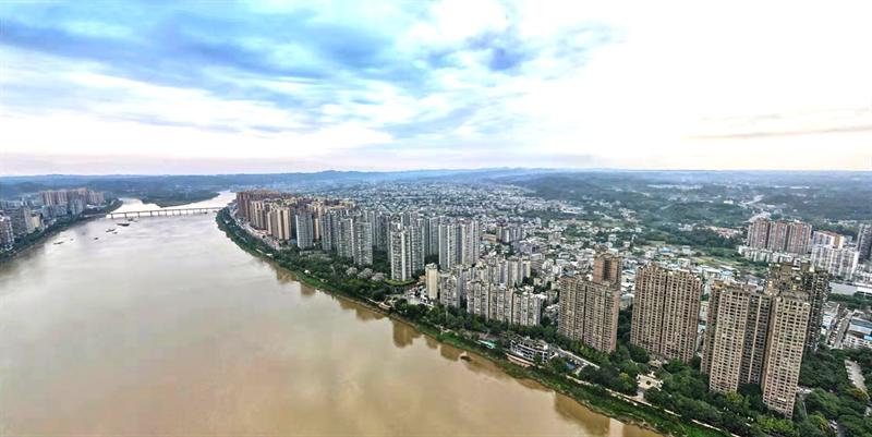 乐山岷江东岸鸟瞰图
